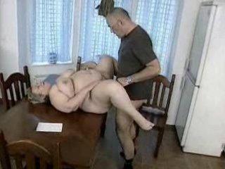 plump german mature babe takes drilled