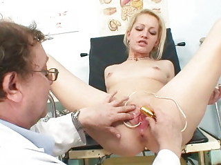 blonde woman pure gyno check up