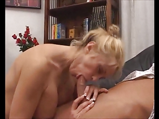 american albino mother
