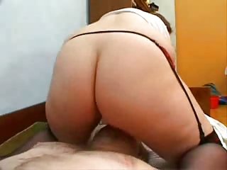 heavy lady facesitting