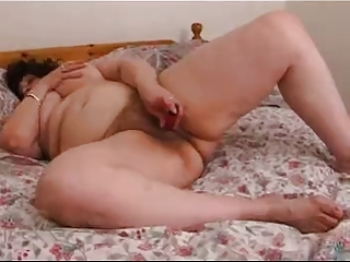 hirsute bbw lady plays  on berth