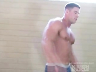 nude muscle hunk wrestling