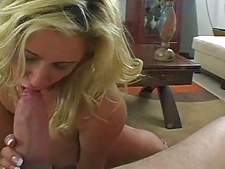 licking momma phyllisha anne stuffs her oral with