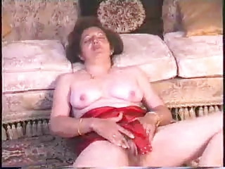 Housewifes Hairy Pussy