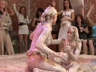 fine looking mature babe sluts inside lesbo mud