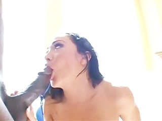 flexible cherokee devours a large brown dick into