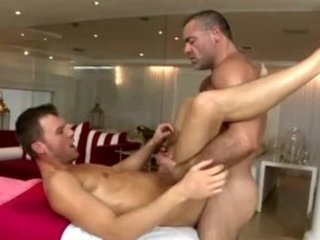 gay pounds straight bottom