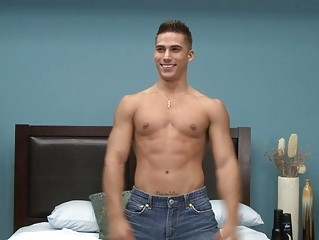 muscled gay fuck star doing a striptease