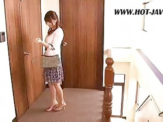eastern  lady copulates the repair boy