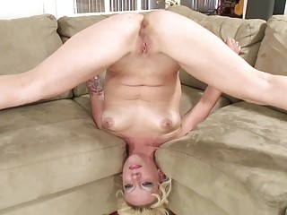 extremely impressive mouth porn with flexible