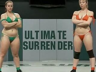 lesbo wrestling